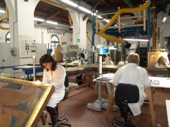 The laboratory operating Opificio delle Pietre Dure