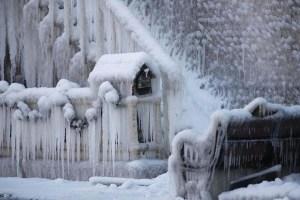 frozen-firefighters5