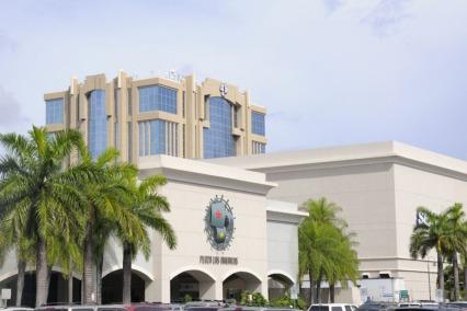 plaza-las-americas-entrada-principal-del-mall_54_990x660_201406011448