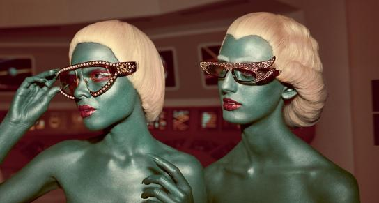 exclusively-explore-guccis-out-of-this-world-campaign-body-image-1500911962